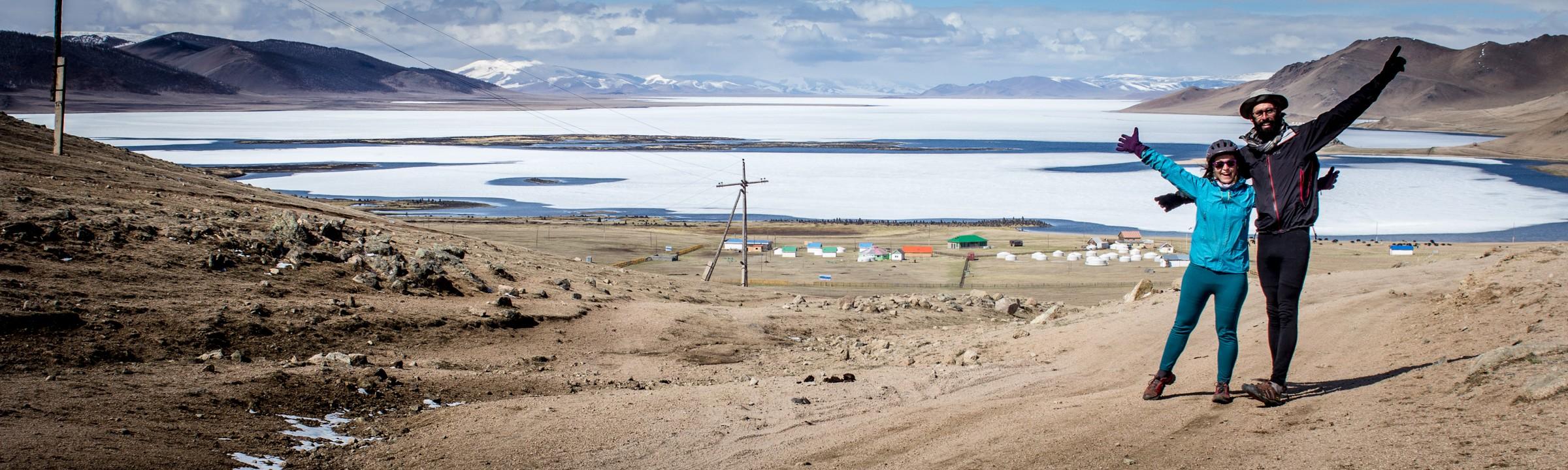 Lac Terkhiin : le lac blanc